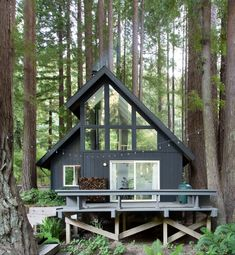 architecture from This Pristine A-Frame Cabin Glows Like a Lantern in… Tiny House Cabin, Cabin Homes, Tiny Houses, Small Lake Houses, Rustic Lake Houses, Family Houses, Small Cabins, Wood Houses, Guest Houses