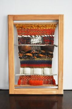 bastidores madera telares decorativos chile - Buscar con Google Weaving Art, Tapestry Weaving, Wall Candy, Woven Wall Hanging, Rug Making, Textile Art, Jewelry Crafts, Projects To Try, Textiles