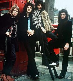 April 9 1973 Queen play 1st gig for #EMI at Marquee Club London http://po.st/lrisL3  ""