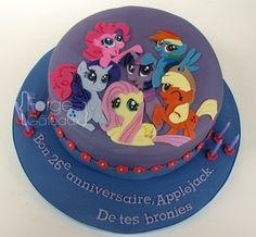 My Little Pony cake - La Forge à Gâteaux #MyLittlePonyCake www.laforgeagateaux.com