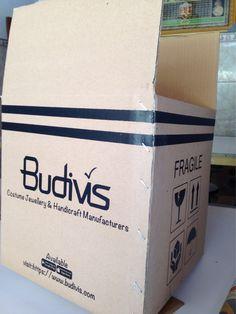 Custom boxes ship worldwide #budivis