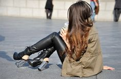 shoes,hair,pants