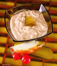 Ketchup, Pesto, Camembert Cheese, Cake Recipes, Dairy, Food, Easy Cake Recipes, Essen, Meals