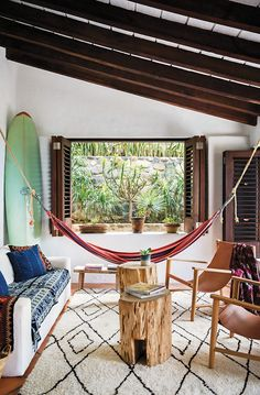 Step Inside A Dreamy Mexican Surf Shack – Tap the link to see the newly released… - Home Professional Decoration Surf Shack, Beach Shack, Surf Decor, Surf Style Decor, Surfboard Decor, Surf Style Home, Surfboard Storage, Beach Cottage Style, Beach House Decor