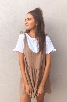 This weekly addition of the summer outfits guide features cute outfits for you to wear everyday. Update your wardrobe and enjoy today! Trendy Summer Outfits, Casual Summer Dresses, Casual Fall Outfits, Dress Casual, Autumn Outfits, Fall Dresses, Indie Fall Outfits, Tumblr Summer Outfits, Spring Outfits