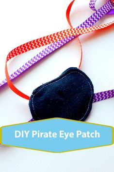 DIY Pirate patch tutorial, make your own pirate Patch for Halloween costume or parties Pirate Costume Couple, Couple Halloween Costumes For Adults, Costumes For Teens, Couple Costumes, Pirate Costumes, Princess Costumes, Adult Costumes, Girl Group Costumes, Woman Costumes