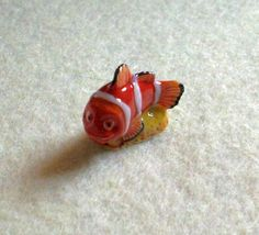 Fêve en porcelaine...Nemo