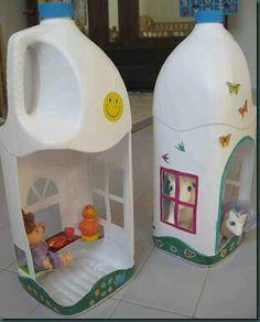 Leuk knutsel idee, poppenhuis maken van een leg melkpak.