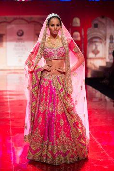 Suneet Varma – Pernia Qureshi in a Heavily Embroidered Fuschia Pink Bridal Lehenga with Gold Work – BMW India Bridal Fashion Week 2015 Indian Bridal Wear, Indian Wedding Outfits, Pakistani Bridal, Bridal Outfits, Indian Outfits, Bride Indian, Indian Wear, India Fashion, Ethnic Fashion
