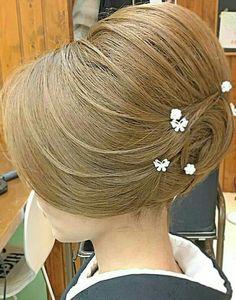 Funky Hairstyles, Wedding Hairstyles, Hair Arrange, Ideal Beauty, Japanese Hairstyle, Hair Dos, Bun Hair, Wedding Updo, Hair Designs