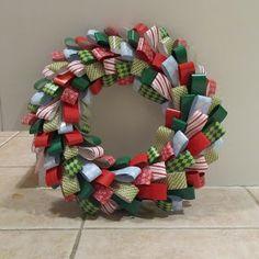 Queen B - Creative Me: A Few Hot Glue-gun Burns & A Pretty Paper Wreath - Tutorial to make an easy wreath using strips of paper Christmas Paper, Christmas Wreaths, Christmas Crafts, Christmas Decorations, Christmas Things, Christmas Ideas, Christmas Ornaments, Origami, Glue Gun Crafts