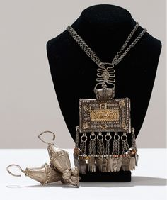 Traditional Omani jewelry; necklace and pair of earrings    825$ sold (Aug '12)