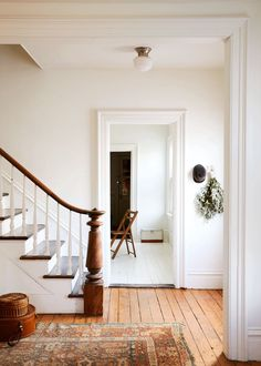 Up House, Cozy House, New Staircase, Staircases, Newel Posts, Living Comedor, Upstate New York, My Dream Home, Home Decor Inspiration