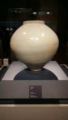 달항아리(조선)-용산국립중앙박물관