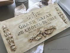 Diy Home Accessories, Iron Orchid Designs, Thrift Store Crafts, Paperclay, Home And Deco, French Decor, Mold Making, Applique Designs, Easy Diy