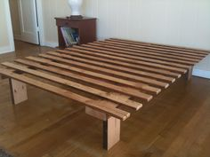 FORWARD THINKING FURNITURE: Very, very simple bed frame