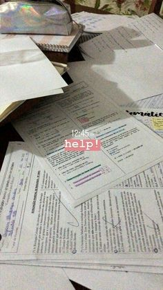 pin ϟ addswin - Streaks - - Study - Stories Creative Instagram Stories, Instagram And Snapchat, Instagram Story Ideas, Study Pictures, Insta Photo Ideas, School Notes, Study Hard, Study Notes, Study Motivation