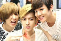 CUTIES!! ^-^ Chanyeol Kris & Baekhyun