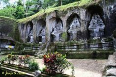 Stone shrines at Gunung Kawi Temple
