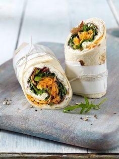 Healthy wraps: 15 recipes to imitate Wonder woman- Gesunde Wraps: 15 Rezepte zum Nachmachen Healthy Wraps, Healthy Recipes, Crockpot Recipes, Shellfish Recipes, Seafood Recipes, Sandwich Vegan, Chicken Sandwich Recipes, Wrap Recipes, Wrap Sandwiches