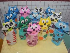 Kids Crafts, Diy And Crafts, Recycled Crafts, Cat Lovers, Alice, Bottle, Diy Crafts, Daycare Ideas, Handmade Rag Dolls