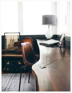 Check Out 23 Elegant Masculine Home Office Design Ideas. If you are a guy and used to work at home, here are some cool ideas how to design a home office for you. Home Office Design, Home Office Decor, House Design, Home Decor, Office Ideas, Office Designs, Office Furniture, Men Office, Gothic Furniture