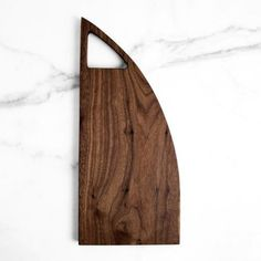 The 12 Most Gorgeous Cheese Boards For Holiday Entertaining Wooden Chopping Boards, Cutting Boards, Wooden Kitchen, Wood Design, Kitchen Storage, Gift Guide, Woodworking Projects, Cheese Lover, Cheese Boards