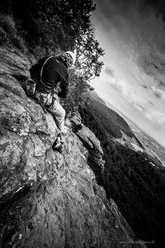 Ein Paradies für Klettersportler bietet der Hohenstein mit seiner fast 40 m hohen Kalksteinwand