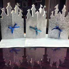 Frozen castle invites!