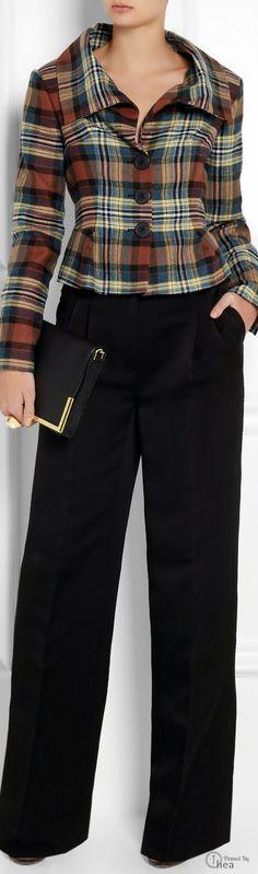 Vivienne Westwood Eva Tartan Jacket, get in my closet this very second! Tartan Mode, Tartan Plaid, Tartan Fashion, Mode Chic, Mode Vintage, Business Attire, Vivienne Westwood, Work Fashion, Tweed
