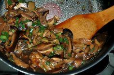 Para vegetarianos e veganos Shitake e shimeji