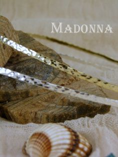 Picture Madonna, Insects, Pictures, Photos, Grimm