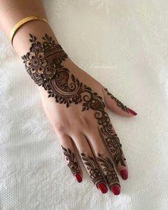 Beautiful 😍❤ simple henna mehendi Which one do u like it Leave your . Beautiful 😍❤ simple henna mehendi Which one do u like it Leave your comments 💬 by @ Henna Hand Designs, Dulhan Mehndi Designs, Mehandi Designs, Simple Mehndi Designs Fingers, Henna Flower Designs, Pretty Henna Designs, Latest Henna Designs, Full Hand Mehndi Designs, Mehndi Designs For Girls