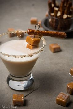 Salted Caramel Pretzel Martini: Salted caramel vodka, Caramel liqueur, Hazelnut liqueur