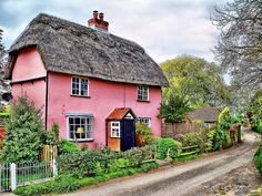 Pink English Cottage!  Yes!