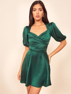 Lane Dress When in doubt, wear a damn dress. This is a mini length dress with a sweetheart neckline and puff sleeves, The Lane is slim fitting throughout. Formal Dresses With Sleeves, Short Dresses, Green Dress With Sleeves, Short Green Dress, Green Satin Dress, Satin Short Dress, Cocktail Movie, Cocktail Sauce, Cocktail Shaker