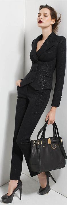 All black shining print blazer and tight female pants, hang bag and heels......love the blazer