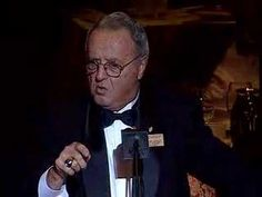 Hysterical story of Bobby Bowden's first visit to the Waldorf Astoria as he tells the crowd at the 2006 College Hall of Fame Banquet.