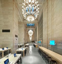 Classical grandeur coming together with contemporary minimalism. The Apple store in Grand Central Station by Bohlin Cywinski Jackson. Photo by Hufton + Crow.