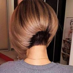 19 creative short hair for Beautiful girl – Page 2 Concave Bob Hairstyles, Inverted Bob Haircuts, Short Bob Haircuts, Bob Haircut Back View, Bob Haircut For Fine Hair, Short Hair Cuts, Short Hair Styles, Bleach Blonde Hair, Rides Front