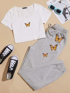 Teen Girl Outfits, Girls Fashion Clothes, Cute Outfits For Kids, Teen Fashion Outfits, Cute Casual Outfits, Outfits For Teens, Teen Girl Clothes, Matching Outfits, Jugend Mode Outfits