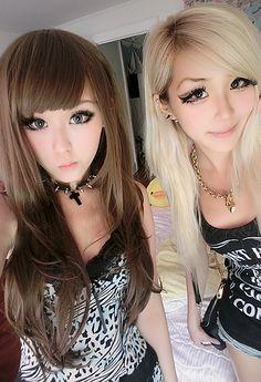 Brown hair with front bangs, blonde hair with side bangs #gyaru #puppy #eye #makeup