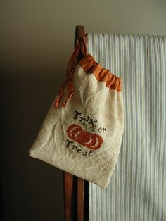 Trix or Treat Ditty Bag