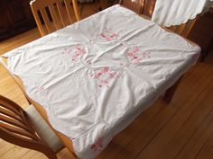 Vintage White Table Cloth with Pink Floral by #PaulasVintageAttic, $14.99  #VintageTableCloth #VintageLinens