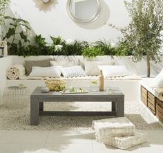 Small Garden Design Tips from Landscape Designer Shirly Bovshow - Green Homes - Natural Home & Garden Ibiza, Home Garden Design, Patio Design, Outdoor Living Rooms, Narrow House, Rooftop Garden, Parasol, Outdoor Furniture Sets, Outdoor Decor