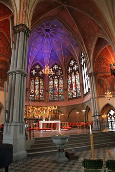 The very colourful altar of Oscar Fredriks Church in Gothenburg, Sweden, including bright stained glass even though the weather was grim. Mosques, Cathedrals, Stockholm, Gothenburg Sweden, Swedish Style, Interesting Buildings, Midnight Sun, Altars, Temples