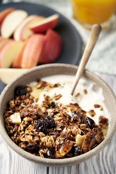 Nut free granola is a safe and tasty recipe for anyone with a nut allergy. This no nut granola recipe is full of flavor and crunch. Breakfast For A Crowd, Quick And Easy Breakfast, Breakfast Bowls, Healthy Breakfast Recipes, Brunch Recipes, Brunch Ideas, Breakfast Ideas, Breakfast Buffet, Healthy Recipes
