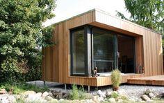 """Das Grün-Dach gibt der Natur überbaute Fläche zurück. Die Rot-Zeder-Bretter stammen aus nachhaltiger Forstwirtschaft und die Kautschuk-Böden lassen sich recyceln. Ecospace und das Londoner Architekturbüro """"Idris-Perrineau-Town"""" setzten bei der Entwicklung des Modul-Systems auf langlebige Qualität."""