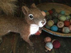Welcome and Thank you for stopping by!  We have put together the GREATEST Needle Felting Kits  This listing is for our super easy New England Acorn Kit.  Kit will make 24 Gorgeous New England style felted acorns just in time for holiday decorating!  I love these acorns so much that I leave them out all year for a nice primitive country look!  Charlie loves them too! Check him out and more from artist Christine Parker at www.peepsyweepsy.etsy.com  (This listing is for a kit to make acorns…