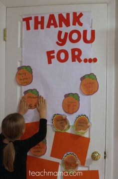 Thanksgiving is one of my favorite times of year. This thankful door is a simple, sweet way to remind our kids to be grateful every day. It's something fun to do with the kids and teach them to be thankful and grateful for all that we have! #teachmama #thankful #fall #thanksgiving #grateful #family #activities #activitiesforkids #familyfun